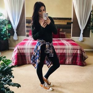 Forever21 plaid button down long sleeve shirt